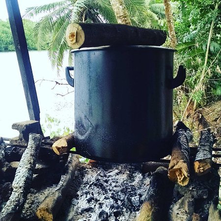 Kolonia, Federated States of Micronesia: This is where they heat the broth, on an open fire overlooking the water