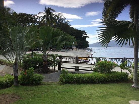 Camayan Beach Resort and Hotel: photo1.jpg
