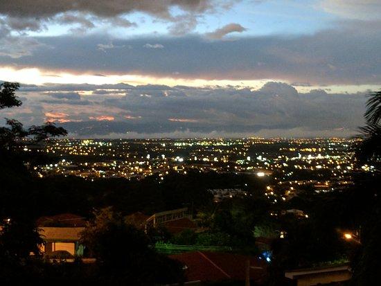 Hotel Alta Las Palomas: view from 2nd floor bedroom