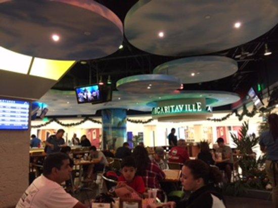 Air Margaritaville: The restaurant