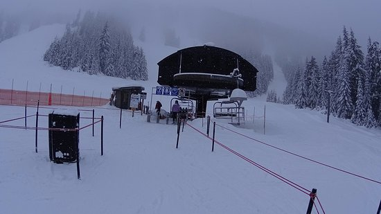 North Vancouver, Canada: No lift lines - Olympic chair