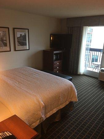 Hampton Inn & Suites Greenville - Downtown - Riverplace: photo1.jpg