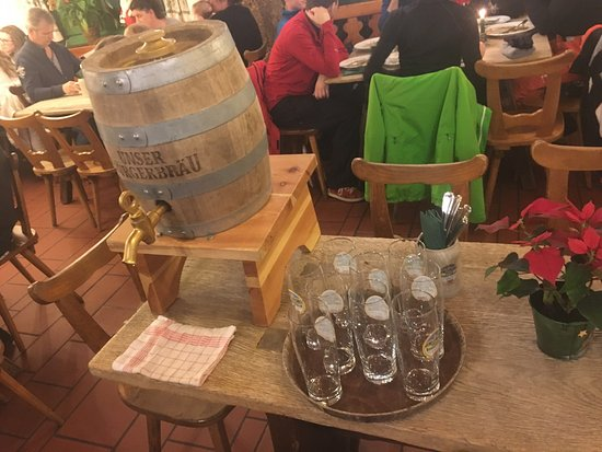 Brauereigasthof Bürgerbräu: photo0.jpg