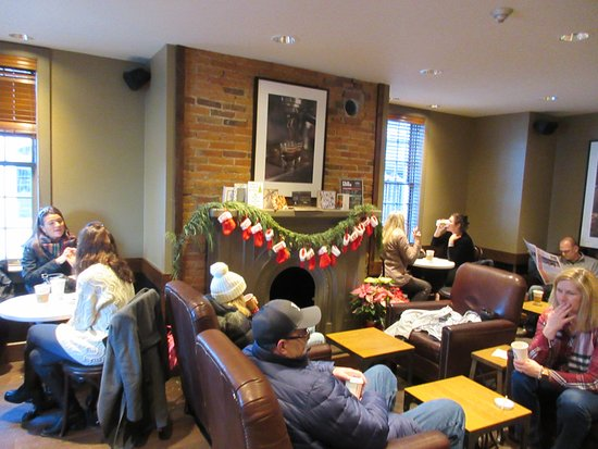 Starbucks at Niagara on the Lake - fireplace - Picture of ...