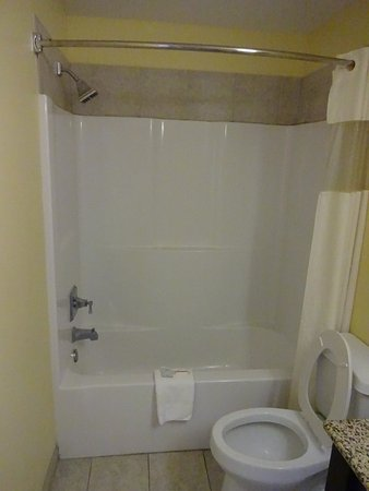 Leesville, LA: shower