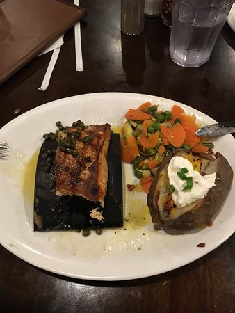 The Rancher's Steak and Seafood: photo0.jpg