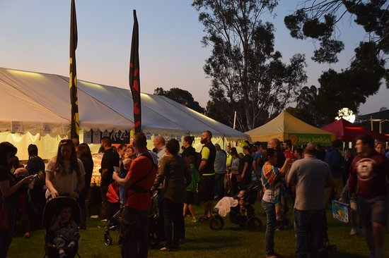 Thorndon Park : Moonlight Markets