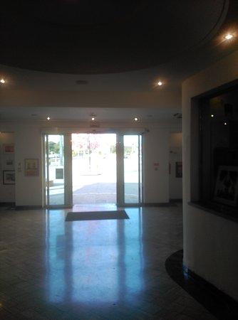 Cac Malaga Centro de Arte Contemporaneo de Málaga: IMG_20161228_154437_large.jpg