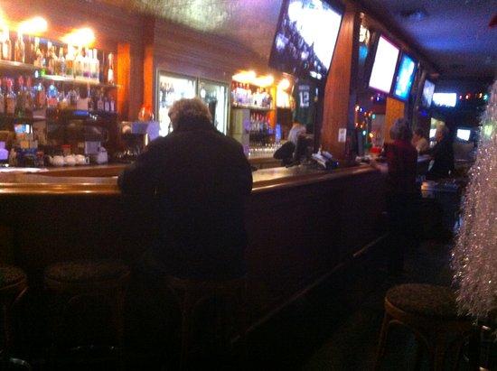 Mission, Canada: Bar