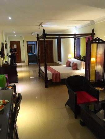 Bougainvillier Hotel: Doppelzimmer mit Balkon zum FLuß, 3. Etage