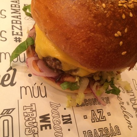 Bamba Marha Burger Bar: CheeseBurger.