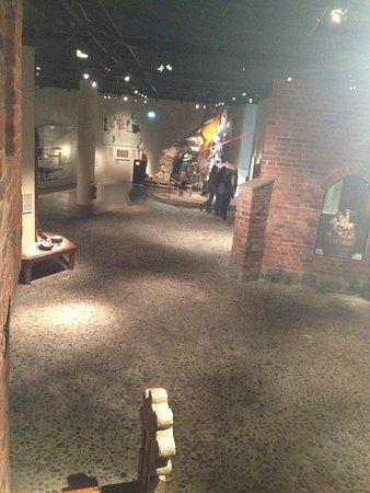 Stockholms medeltidsmuseum (Stockholmer Mittelaltermuseum): Blick aus einem der Häuser