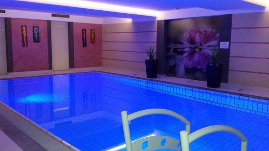 Alia Appart-Hotel: 20161228_080324_large.jpg