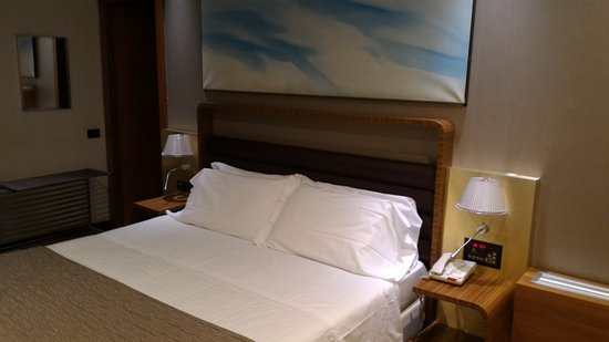 Holiday Inn Turin City Center: Letto