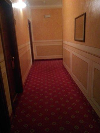 Hotel Ambasciatori: IMG_20170101_111423_large.jpg