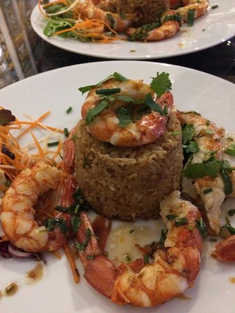 Pyrenees-Atlantiques, France : Grilled shrimps and brown rice