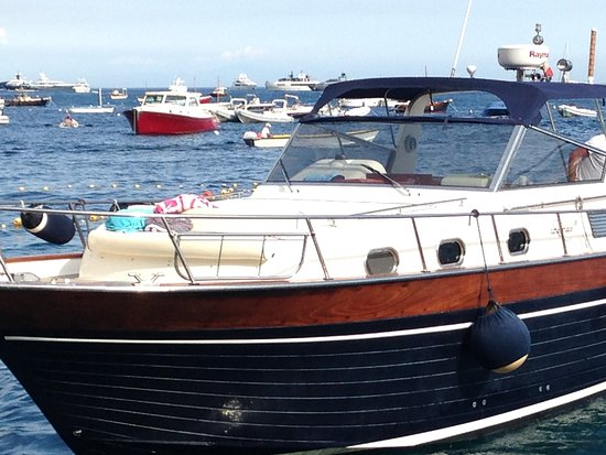 You Know! - Boat Excursions & Service : Our boat: clean, comfortable, cruising