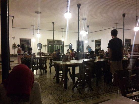 nDalem Gamelan Hotel : 20170101_185526_large.jpg