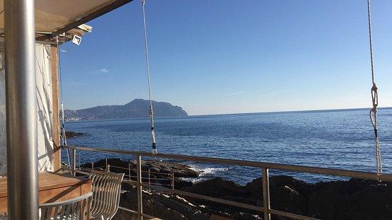 Vista dalla terrazza sul mare. picture of bagni medusa genoa