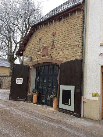 Dudeldorf, Tyskland: Ingang
