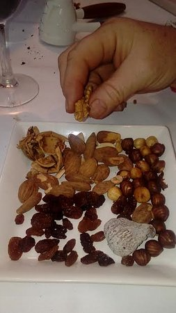 Sant Pere Molanta, İspanya: fruit and nut desert