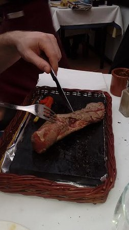 Sant Pere Molanta, İspanya: steak on the hot stone