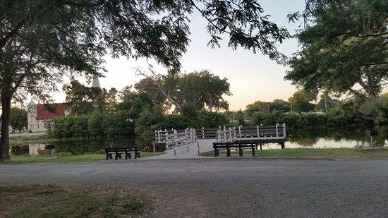 Ellis, KS: Nice little lake, quiet little town
