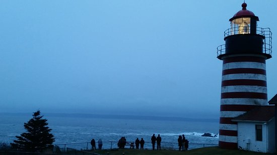 Lubec, Мэн: Some drive all night on Dec 31 to reach America's first sunrise.