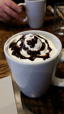Cuyahoga Falls, OH: hot chocolate