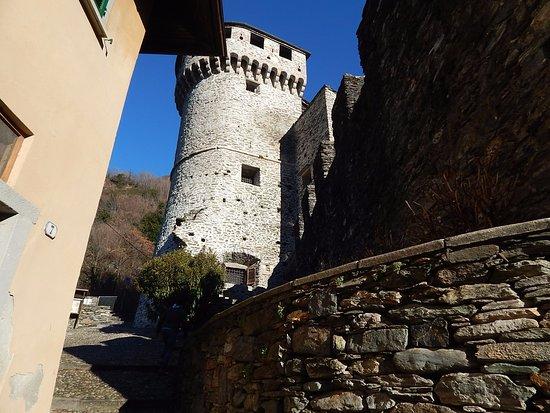 Vogogna, Italia: La torre