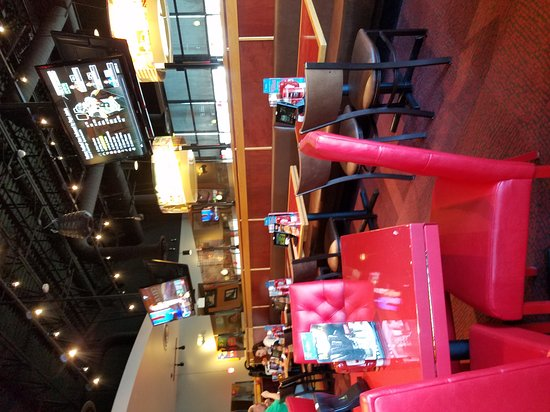 Mechanicsburg, Πενσυλβάνια: Red Robin America's Gourmet Burgers and Spirits