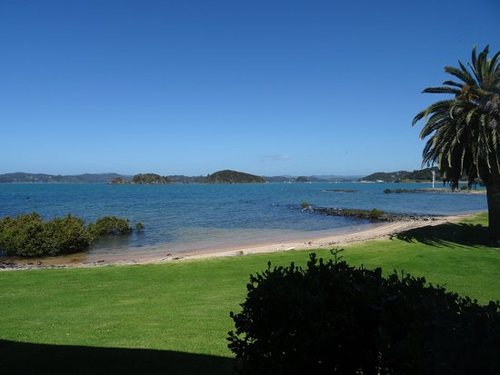 Waitangi, New Zealand: View from Sea View Room overlooking the bay