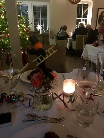 Aumuhle, Alemania: Sylvester 2016 Neues Jahr 2017  Es war ein wunderschöner Jahreswechsel, die Zimmer sehr sauber h