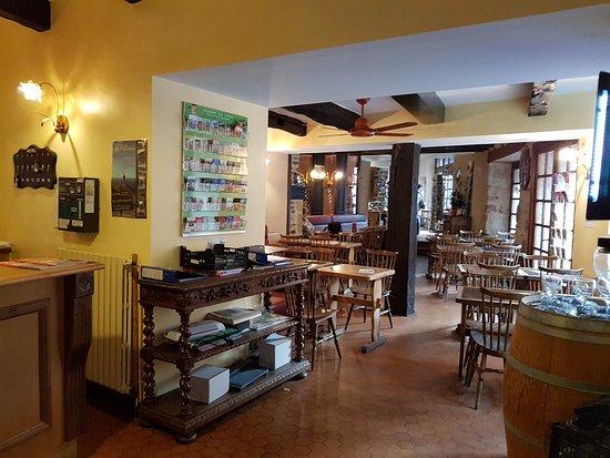 Auberge Saint Jacques : Bar