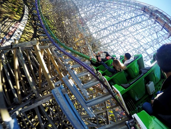 The Joker roller coaster. - Picture of Six Flags Discovery Kingdom ...
