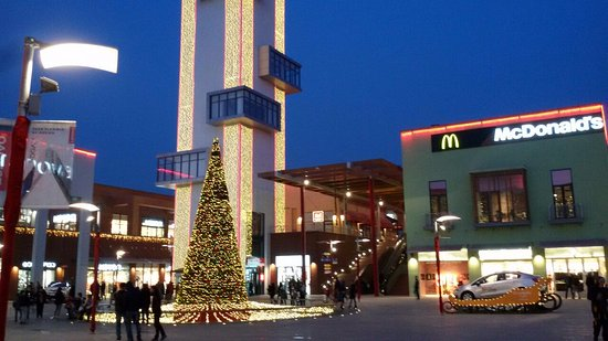 East Point at Christmas - Picture of East Point, Tbilisi ...