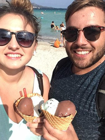 Eix Lagotel: Us loving our massive ice creams on the beach!