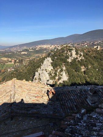 Montecchio, Italia: Esterno e  vista