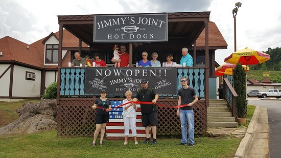 Jimmy's Chicago Style Hot Dogs: New owners, New image, New menu... Seasonal MEMORIAL DAY WEEKEND - LAST WEEKEND IN SEPTEMBER...