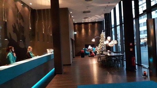 motel one bremen tyskland hotel anmeldelser sammenligning af priser tripadvisor. Black Bedroom Furniture Sets. Home Design Ideas