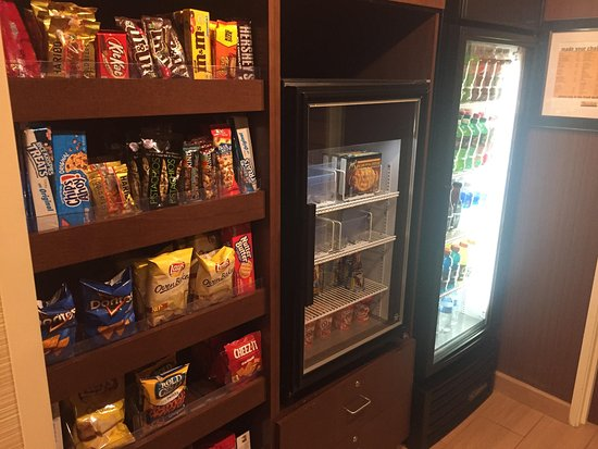 Greeley, CO: Snacks also availbale 24 hrs. Bottom shelf in Frig. is free water for guests.