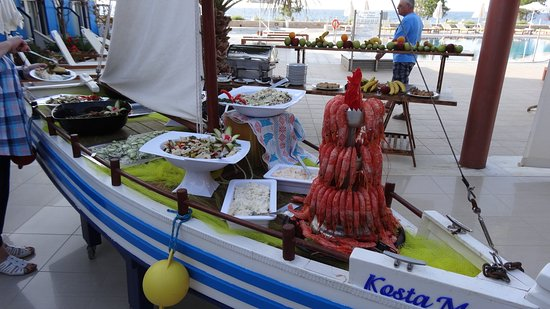 Kosta Mare Palace Hotel: Sea food once a week