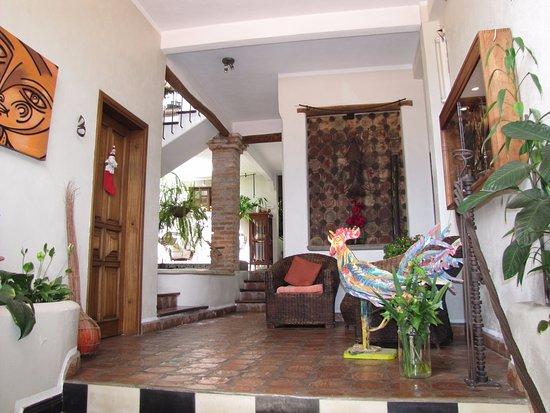 Posada Casa Sol: descanso y nuestra habitación a la izquierda