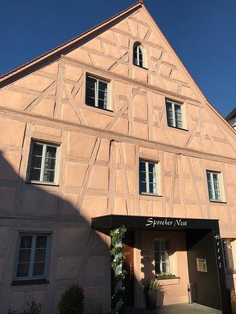 Sporcher Nest Hotel