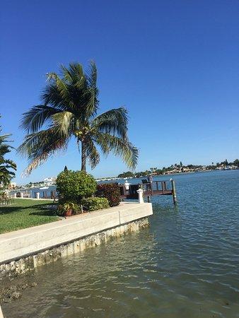 Gambar Westwinds Waterfront Resort