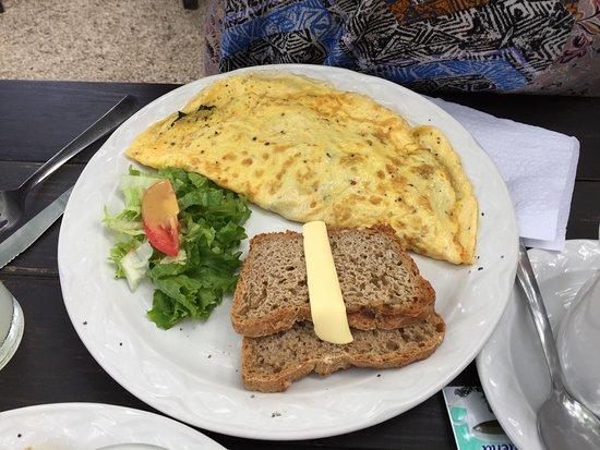 Azafran Restaurant: Wonderful Omelette