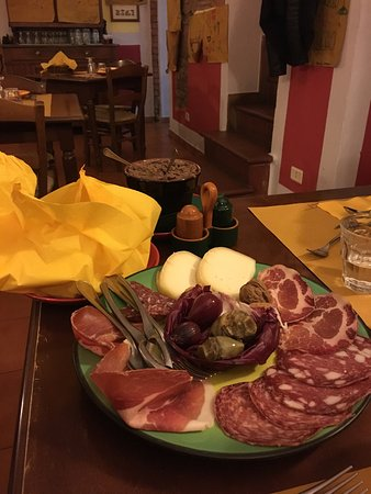 Osteria Ristorante San Vivaldo: photo1.jpg
