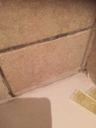 Hotel Mont Gueliz: very bad plastering