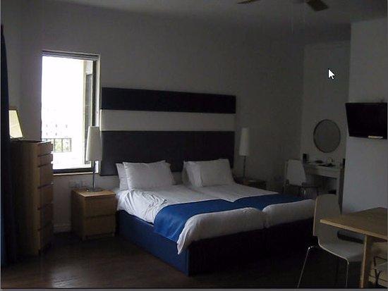 Park Lane Aparthotel: Room - Beds