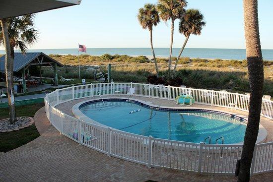 Beachcomber in venice venise floride voir les tarifs for Hotel venise piscine interieure